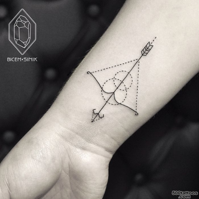 Bow and Arrow Tattoos for Men   Ideas and Designs for Guys_8
