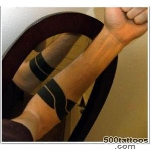 35 Most Popular Armband Tattoo Designs_47