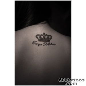 40 Glorious Crown Tattoos and Meanings_46