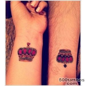 40 Glorious Crown Tattoos and Meanings_47
