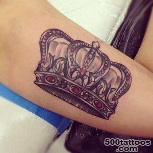 50 Meaningful Crown Tattoos  Art and Design_22