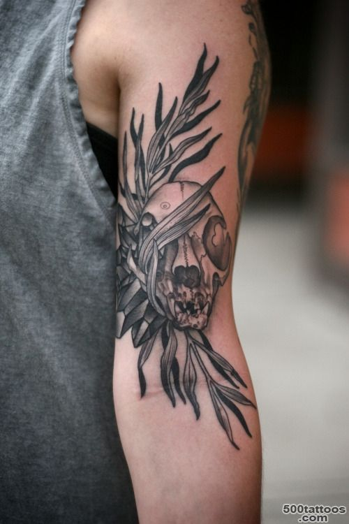 skull and crystal tattoo  Tumblr_39