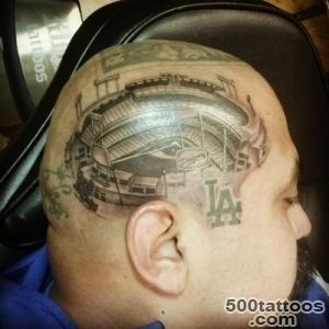 WTF Diehard Dodgers Fan Has Stadium Tattoo#39d on His Dome_9
