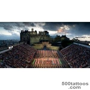 The-Royal-Edinburgh-Military-Tattoo-at-Castle-Esplanade-2017_40jpg