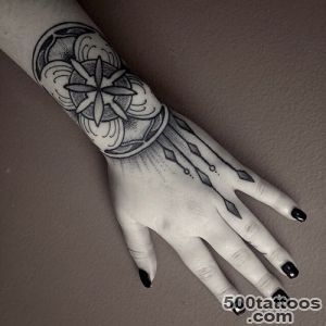 Tattoos-for-Women--Tattoos-for-Girls,-Female-Tattoos_33jpg