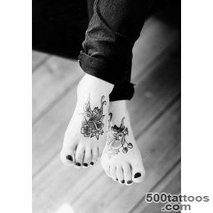 60 Creative Foot Tattoo Designs for Women_35