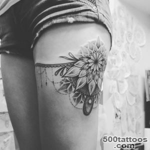 25 Amazing Garter Belt Tattoo Designs_13