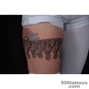 30 Garter Belt Tattoo Art Examples_32