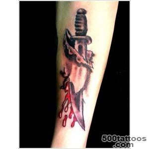 30 Daggers or Knives Tattoo Designs_5