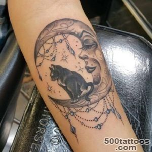 37 Inspirational Moon Tattoo Designs with Images   Piercings Models_22