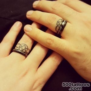 35 Romantic Wedding Ring finger Tattoo designs and ideas_7