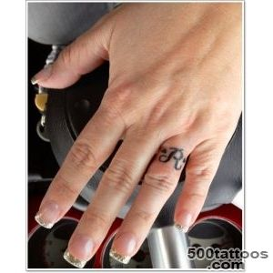 40 Of The Best Wedding Ring Tattoo Designs_20