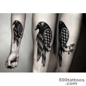 Powerful And Bold Mesmerizing Black Ink Tattoos   DesignTAXIcom_30
