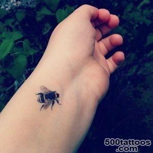 101-Small-Tattoos-for-Girls-That-Will-Stay-Beautiful-Through-the-Years_24jpg