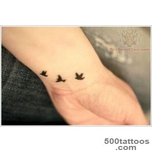 35 Sweet and Meaningful Swallow Tattoos_7