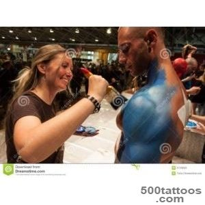 Bodybuilders During A Body Painting Session At Milano Tattoo _24