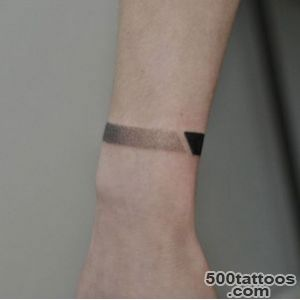 40 Beautiful Bracelet Tattoos for Men amp Women   TattooBlend_4