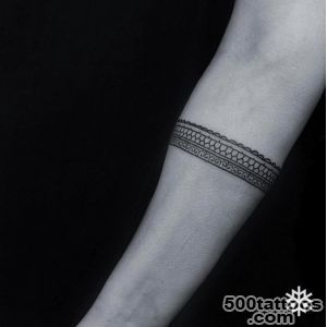 40 Beautiful Bracelet Tattoos for Men amp Women   TattooBlend_27