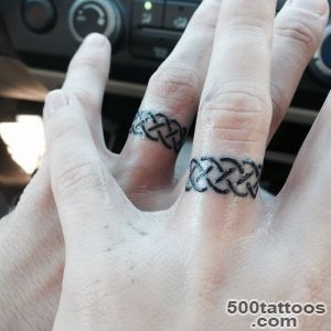 35 Romantic Wedding Ring finger Tattoo designs and ideas_3