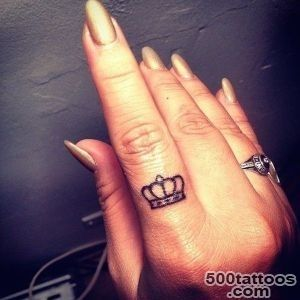 30 Awesome Finger Tattoos That Will Subtly Add Creativity To Your Life_6